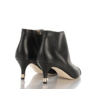 CHANEL Calfskin Cap Toe Pearl Ankle Boots 💯